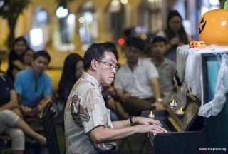 Pianovers Meetup #99 (Halloween Themed), Chris Khoo performing