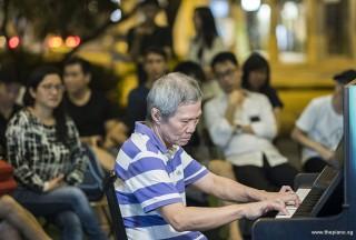 Pianovers Meetup #101, Albert performing
