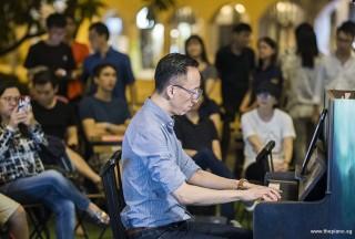 Pianovers Meetup #101, Yu Teik Lee performing