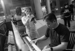Pianovers Meetup #101, Teo Gee Yong playing, and Ashley Nguyen singing