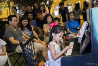 Pianovers Meetup #103, Victoria Chew performing