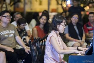 Pianovers Meetup #104, Pauline Yong performing