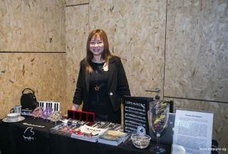 Pianovers Recital 2018, Elyn Goh at registration table