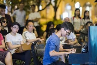 Pianovers Meetup #107, Max Zheng performing