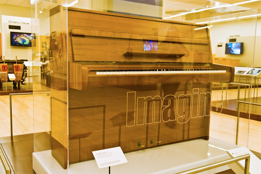John Lennon piano, Steinway & Sons Model Z (Photo by Alux.com)