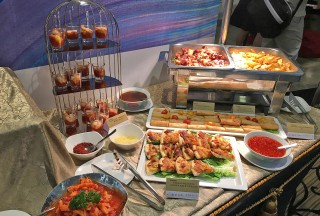Food catering at Steinway Spirio Lounge