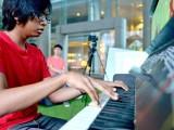 Pianovers Meetup #8, Harith