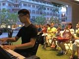 Pianovers Meetup #8, Ong performing
