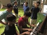 Pianovers Meetup #8, Ong and Anselm jamming