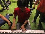 Pianovers Meetup #8, Harith jamming