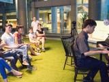 Pianovers Meetup #9, Ong performing