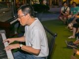 Pianovers Meetup #10, Chris Khoo performing