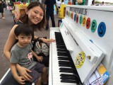 Official Launch of Play Me, I'm Yours Singapore, Le Chin Tiong and Mummy