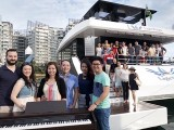 Pianovers Sailaway 2016, Pre-boarding group picture, with piano
