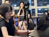 Pianovers Meetup #22, Gladys performing