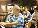 Pianovers Meetup #37, Albert performing
