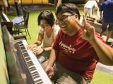 Pianovers Meetup #44, Pat, and Zafri playing