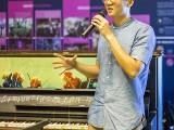 Pianovers Meetup #50, Jonathan sharing with us