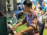 Pianovers Meetup #52, Wayne performing