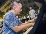 Pianovers Meetup #61, Gavin performing