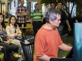Pianovers Meetup #65, Chong Kee performing