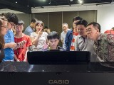 Pianovers Meetup #70, Joseph playing