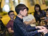Pianovers Meetup #72, Jonathan performing