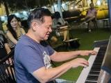 Pianovers Meetup #74, Gee Yong performing