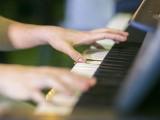Pianovers Meetup #76, Closeup of Tan Zhi Quan performing