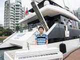 Pianovers Sailaway #2, Hiro with piano