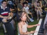 Pianovers Meetup #90, Gwen performing
