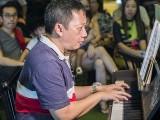 Pianovers Meetup #90, Gavin performing
