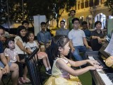Pianovers Meetup #98, Gwen performing for us
