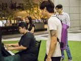 Pianovers Meetup #111, John playing