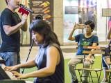 Pianovers Meetup #117, Sng Yong Meng narrating, and Tan Jia Hui performing for us