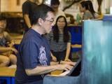 Pianovers Meetup #124, Chris Khoo performing