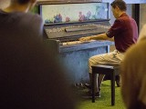 Pianovers Meetup #130, Rong Ang performing for us