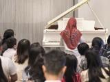 Pianovers Meetup #138, Desiree Abdurrachim performing