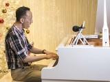 Pianovers Meetup #141, Teik Lee performing