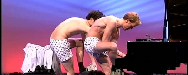 Pianists who are almost naked when playing the piano