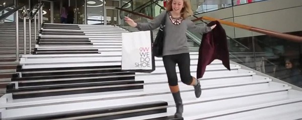 Piano stairs keep shoppers and commuters on their toes
