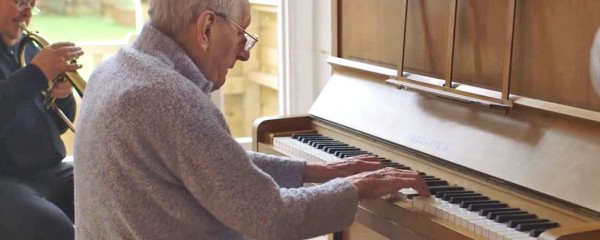 Jazz Gig Brings Immense Joy To Dementia Patient