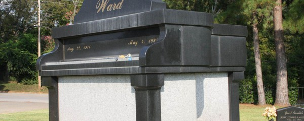 A Beautiful Piano Tomb Leaves A Visual Musical Legacy