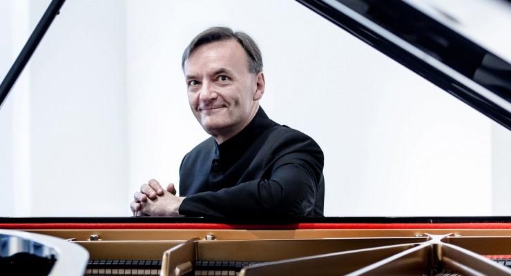 Subscription Concert: Stephen Hough - Rachmaninov Piano Concerto 1