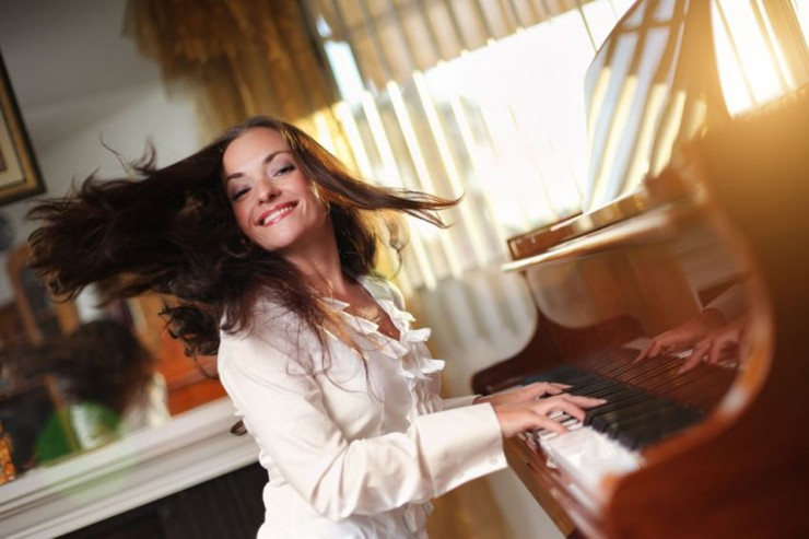 Learn to Play Piano as an Adult with Online Piano Lessons