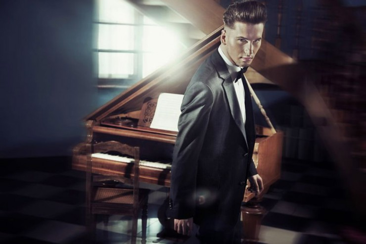 handsome pianist