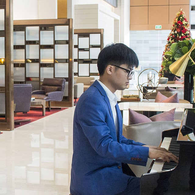 Hire a Pianist