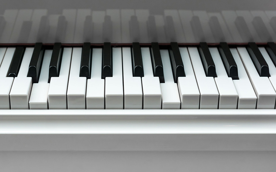 7 Most Common Causes Of Sticky Piano Keys Thepiano Sg